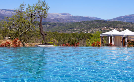 Four Seasons Provence Swimming Pool